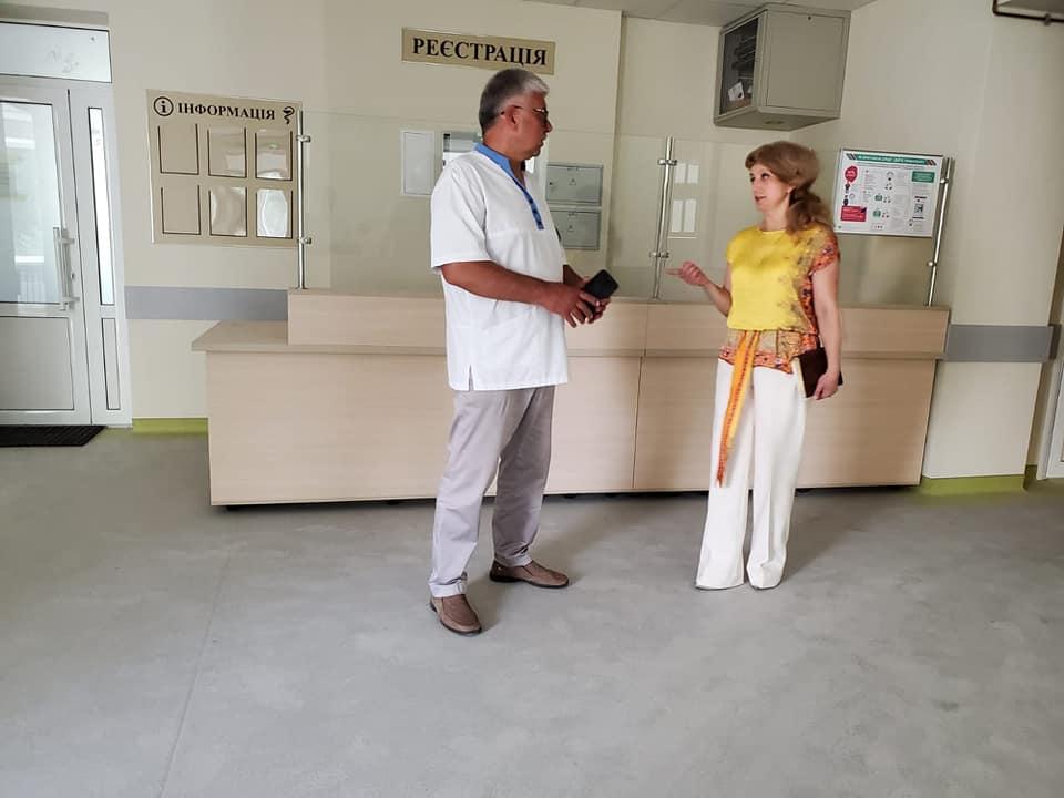 Голова Жмеринської РДА особисто перевірила готовність приймального відділення центральної районної лікарні.
