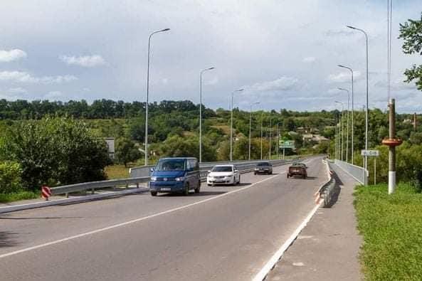 Відновлений міст через річку Сіб біля Гайсина