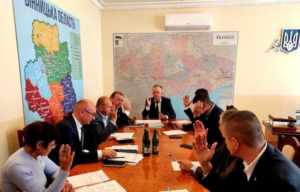 Громади Вінниччини отримають кошти з обласного бюджету на закупівлю сміттєвозів та охорону водних ресурсів